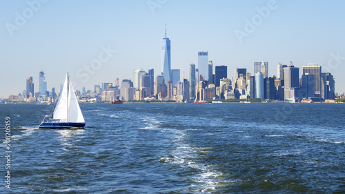 Keuken foto achterwand New York New York City Manhattan skyline from the sea