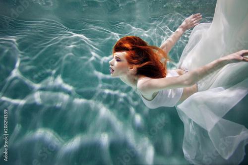 Photographie  Underwater girl