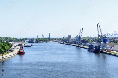 In de dag Poort View on the Martwa Wisla river between Westerplatte and New Port in Gdansk, Poland