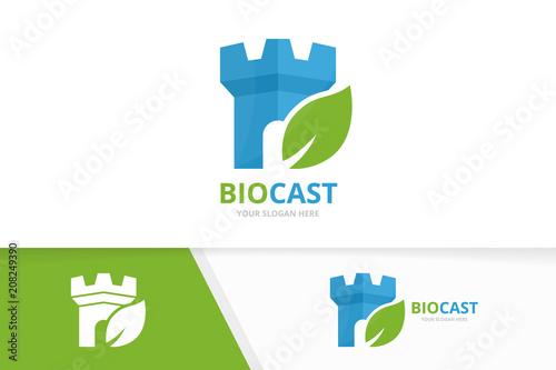 Fotografia Vector castle and leaf logo combination