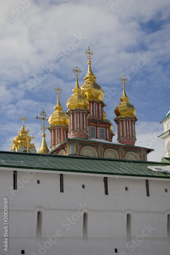 Papiers peints Con. Antique Architecture of Trinity Sergius Lavra, Sergiyev Posad, Moscow region, Russia. Color photo.
