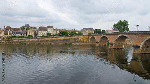 Bergerac an der Dordogne Canvas Print