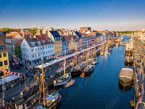 Keuken foto achterwand Schip Amazing historical city center. Nyhavn New Harbour canal and entertainment district in Copenhagen, Denmark. The canal harbours many historical wooden ships. Aerial view from the top.