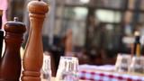Fototapeta Fototapety Paryż - Na stoliku restauracji w Rzymie przed lunchem