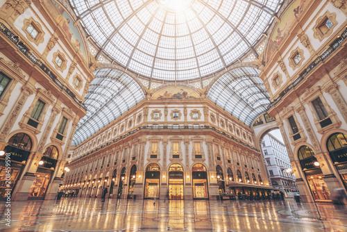 Fototapeta premium Galleria Vittorio Emanuele II w Mediolanie, Włochy
