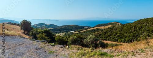 Obraz na plátně Athos Peninsula shore (Halkidiki, Greece).