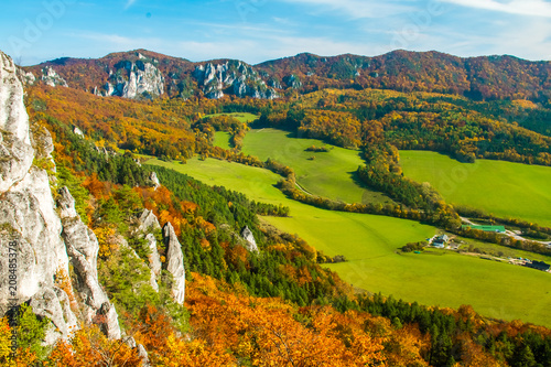 Foto op Plexiglas Herfst Mountains in the Sulov rocks Nature Reserves in the autumn, Slovakia