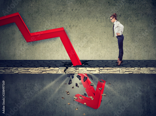 Pinturas sobre lienzo  Concept of corporate business collapse