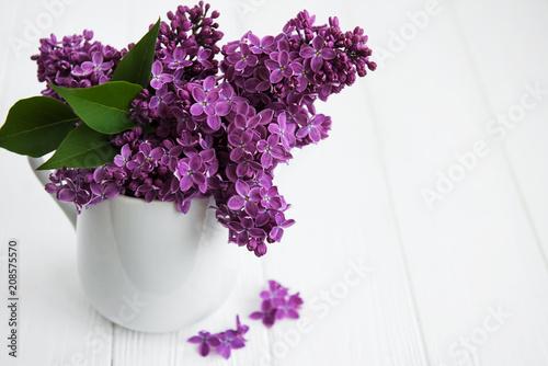 Foto op Canvas Lilac Bouquet of lilac flowers