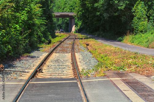 Papiers peints Voies ferrées Railway track, rails, sleepers, stones, close-up