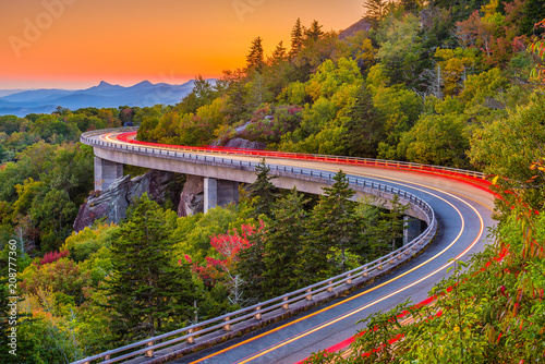 Cadres-photo bureau Amérique du Sud Linn Cove Viaduct