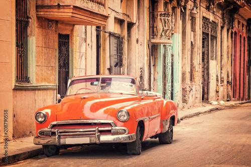 Obrazy styl vintage   stary-samochod-w-stylu-vintage