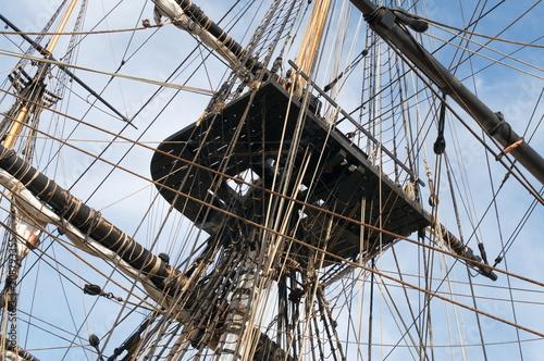 Fotografiet  Cordage et mat de bateau