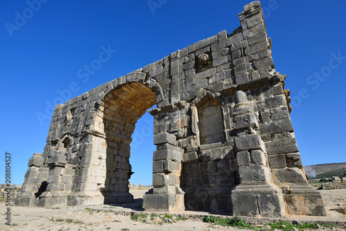 Foto op Aluminium Rudnes Extensive complex of ruins of the Roman city Volubilis - of ancient capital city of Mauritania in the central part of Morocco by the Meknes city.