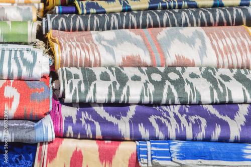 Fotografía  Traditional Uzbek asian silk