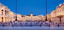 Piazza Dell'unità D'Italia, Trieste, Friuli Venezia Giulia, Italia