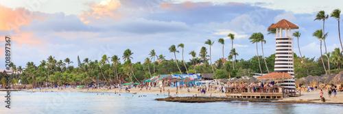 Fotografía Panorama of sunset at Bayahibe beach, La Romana, Dominican republic