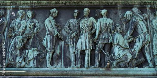 Fotobehang Historisch mon. Statue of Prince Mihailo at Prince Mihailo Monument, Republic Square, Belgrade, Serbia