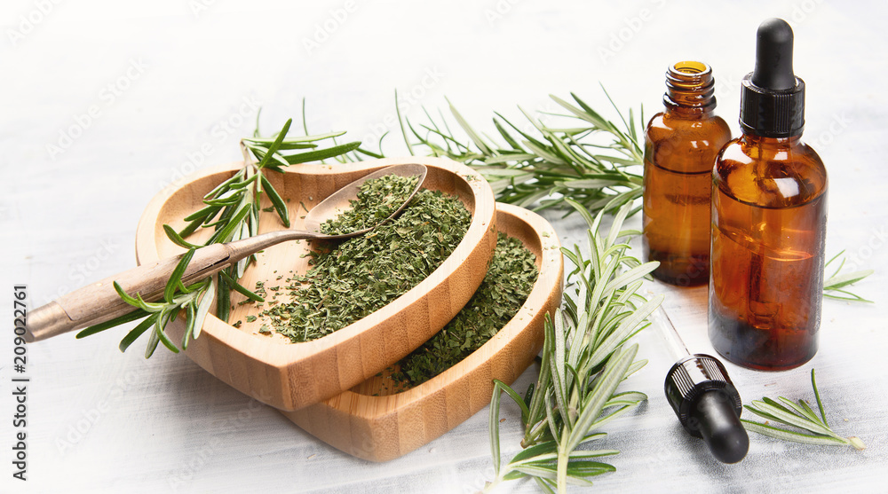 Fototapety, obrazy: Natural rosemary essential oil