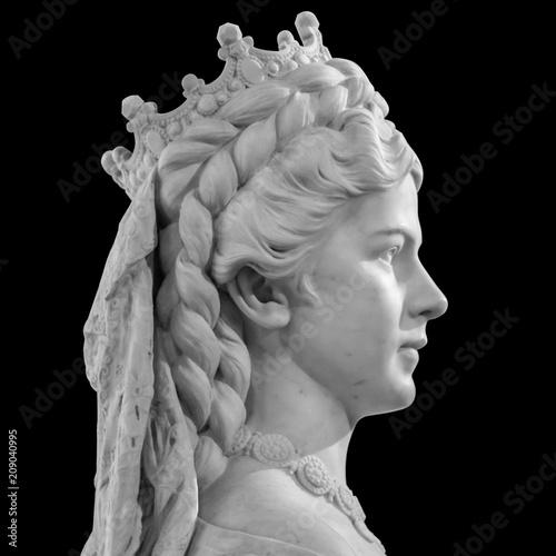 Fotografie, Obraz Sculpture of Empress Elisabeth of Austria and Queen of Hungary