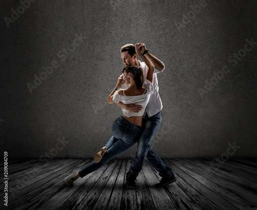 Spoed Foto op Canvas Dance School couple dancing social danse