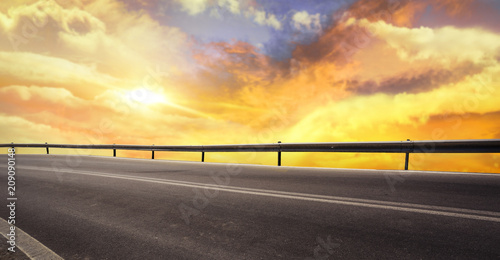Photo sur Toile Jaune de seuffre summer road background