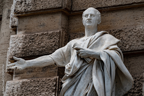Marble roman statue: Cicero Cicerone Wallpaper Mural
