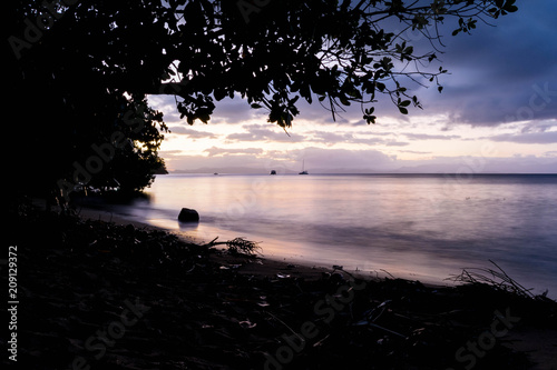 Foto op Canvas Cathedral Cove Fijian Sunset