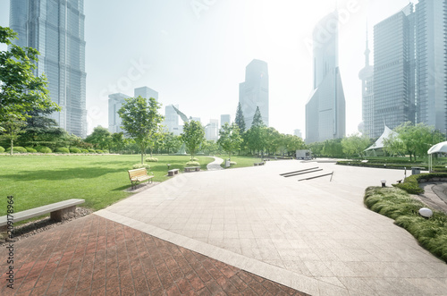 Obraz park in lujiazui financial center, Shanghai, China - fototapety do salonu