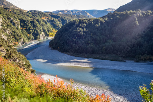 Fotobehang Oceanië Mountain canyon and river landscape in New Zealand