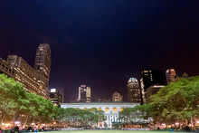 Bryant Park And New York City'...