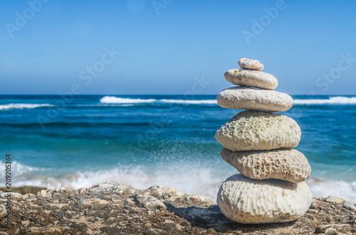Photo sur Plexiglas Zen pierres a sable Go to the Beach and Feel ZEN.