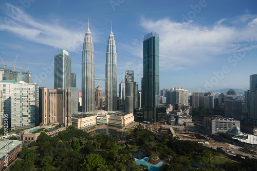 Spoed Foto op Canvas Stad gebouw Kuala Lumpur city skyline and skyscrapers building at business district downtown in Kuala Lumpur, Malaysia. Asia..