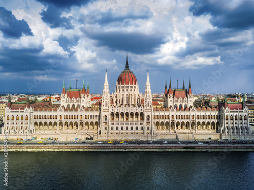 Foto op Plexiglas Boedapest Budapest, Hungary - Aerial view of the Houses of Parliament building of Hungary at daytime with beautiful sky and clouds