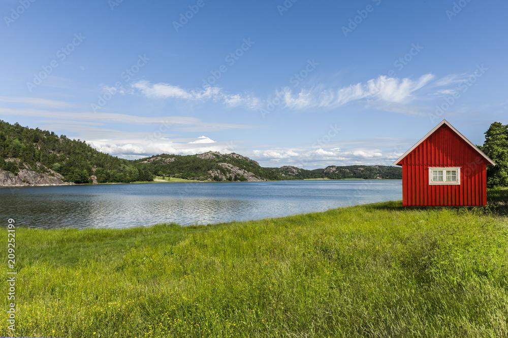 Fototapeta Rotes Haus am See