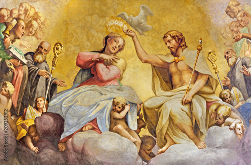 PARMA, ITALY - APRIL 15, 2018: The fresco of Coronation of Virgin Mary in main apse of church Chiesa di San Giovanni Evangelista by Cesare Aretusi (1587) Canvas Print