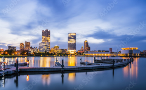 Foto op Canvas Londen beautiful milwaukee at night with reflection in water ,wisconsin,usa.