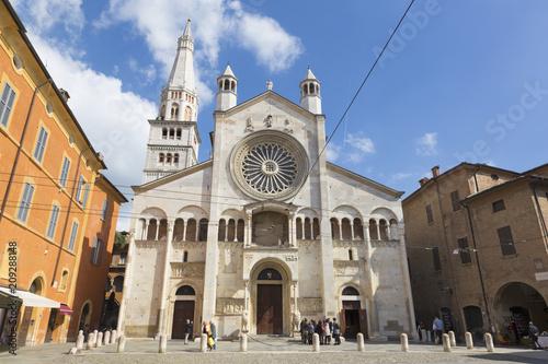 Poster Monument MODENA, ITALY - APRIL 14, 2018: The west facade of Duomo (Cattedrale Metropolitana di Santa Maria Assunta e San Geminiano) at dusk.