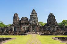 Prasat Hin Phimai Historical P...