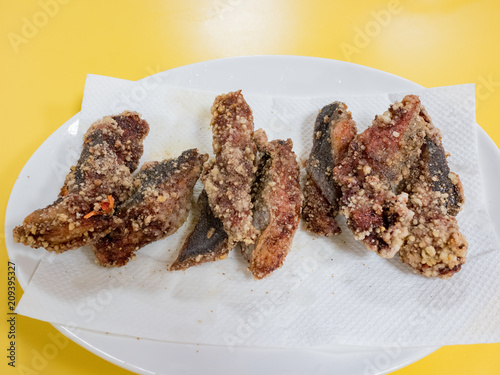 Deep fried eel fish