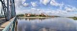 Toruń - Panorama miasta z mostu  im. Józefa Piłsudskiego - rzeka Wisła - Polska