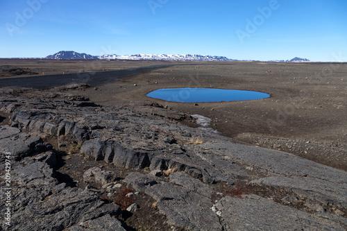 Staande foto Zwart Beautiful stony rocky desert landscape of Iceland