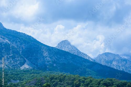 Fotobehang Blauwe hemel Mountains at nice sunny day. Beautiful natural landscape in the summer time. Idyllic summer landscape with clear mountain