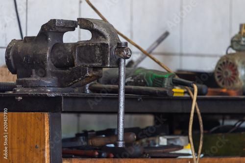 Fotografia, Obraz  Camp on workbench