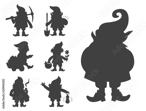 Photo Fairy tale fantastic gnome dwarf elf character black silhouette poses magical le