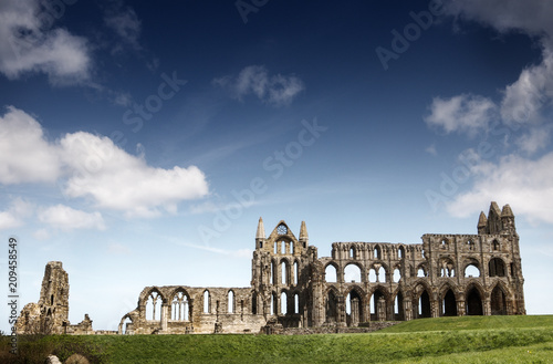 Photo Whitby Abbey in North Yorkshire