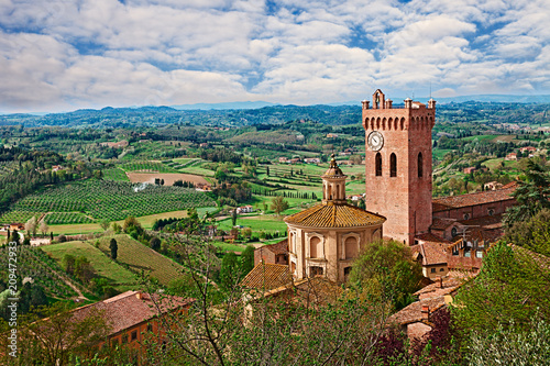 Deurstickers Toscane San Miniato, Pisa, Tuscany, Italy: landscape of the countryside and the church of the village