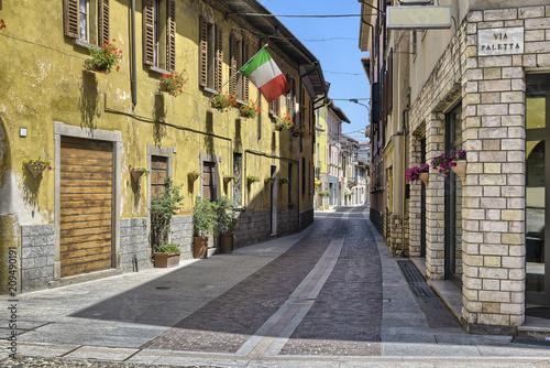 Fényképezés  Lake Maggiore, Angera, Italy