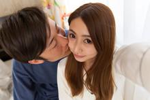 キス・自撮り・カップル