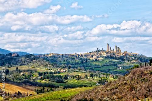 Fotobehang Heuvel le torri di San Gimignano sulle colline toscane